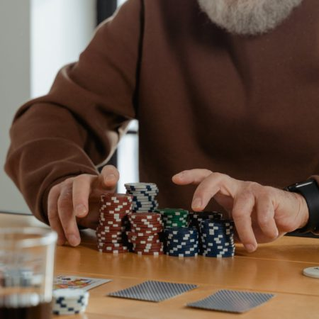 How to learn effective Poker Strategy in 2021 and enjoy wins?
